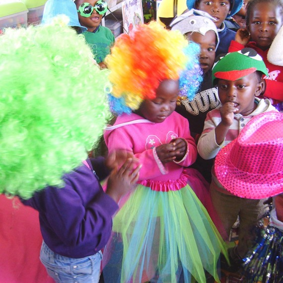 "LESEDI RECEIVES AN ""IMAGINATION & CREATIVE EXPRESSION"" GRANT"